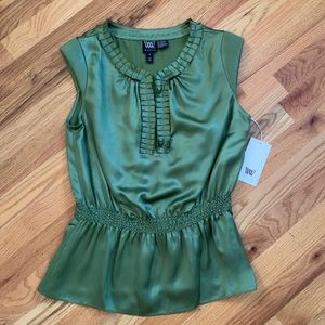 WORTH Jalapeño Color Shirt Size 4 NWT!!